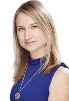 Real Estate Agent - Susan Watts - Broker Manager