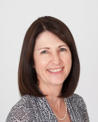 Real Estate Agent - Christine  Roberts