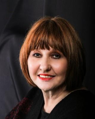 Real Estate Agent - Gail Van Der Westhuizen