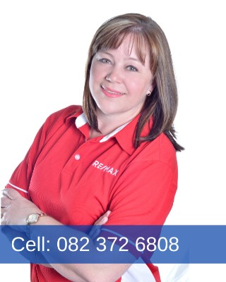 Real Estate Agent - Juanita Louw