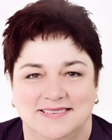 Real Estate Agent - Lorraine Pretorius