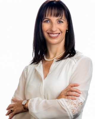 Real Estate Agent - Retha van Zyl