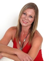 Real Estate Agent - Leonie Gerber