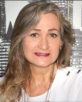 Real Estate Agent - Debra Scheepers