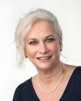 Real Estate Agent - Debbie Steyn