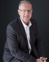 Real Estate Agent - Pieter Viljoen