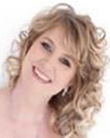 Real Estate Agent - Susan Van Den Berg