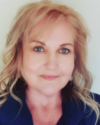 Real Estate Agent - Brenda Geldenhuys