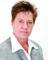 Real Estate Agent - Minnie Grobler