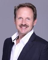Real Estate Agent - Pieter Kotze