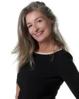 Real Estate Agent - Anna Hoffmann