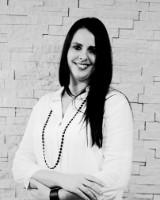 Real Estate Agent - Lianda Ferriera