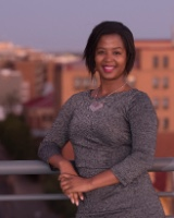 Real Estate Agent - Ndileka Mapingana