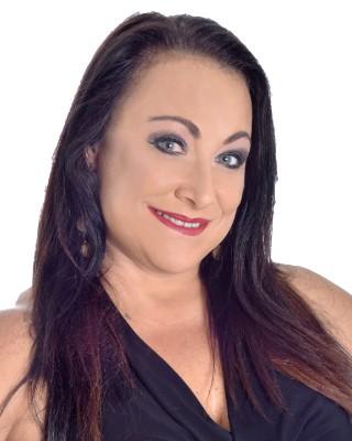 Real Estate Agent - Venessa  Gloy
