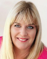 Real Estate Agent - Mirina  Murray