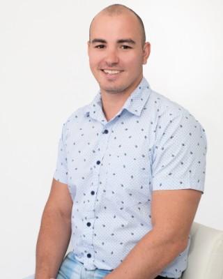 Real Estate Agent - Kyle Van Der Westhuizen