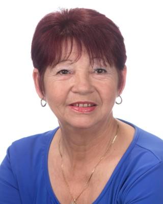 Real Estate Agent - Daphne Olivier