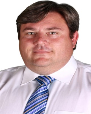 Real Estate Agent - Peter Bester