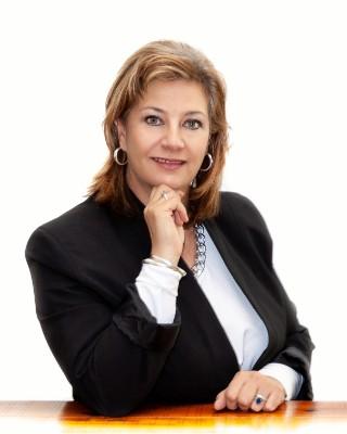 Real Estate Agent - Nicolene Davel