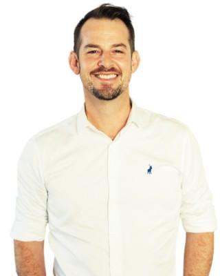 Real Estate Agent - Andrew Van Schalkwyk