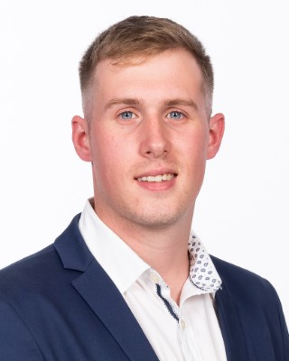 Real Estate Agent - Roche Benn