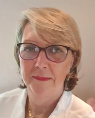 Real Estate Agent - Anne-Marie De Clercq