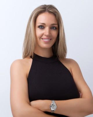 Real Estate Agent - Lindsay Lombard