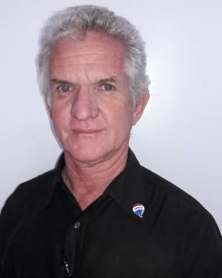 Real Estate Agent - Rudi Pfander
