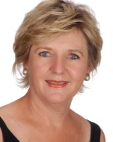 Real Estate Agent - Fréda Van Der Merwe