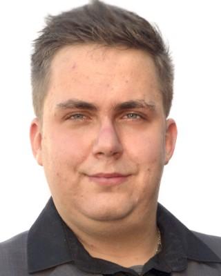 Real Estate Agent - Joshua Thompson