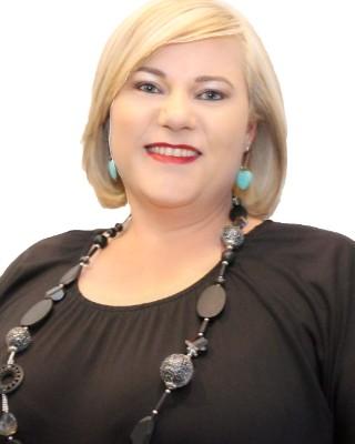 Real Estate Agent - Chantelle Swart