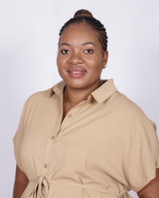 Real Estate Agent - Nomsa Ngwenya
