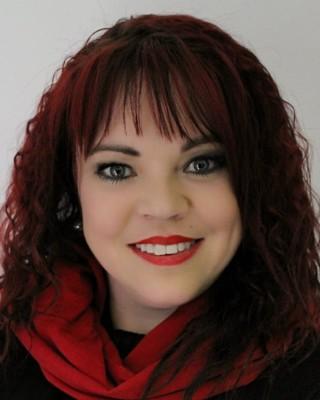 Real Estate Agent - Christelle Nortje - Intern Estate Agent