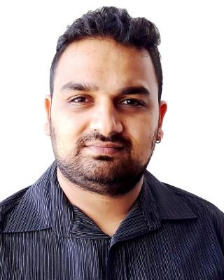 Real Estate Agent - Piyush Karshan